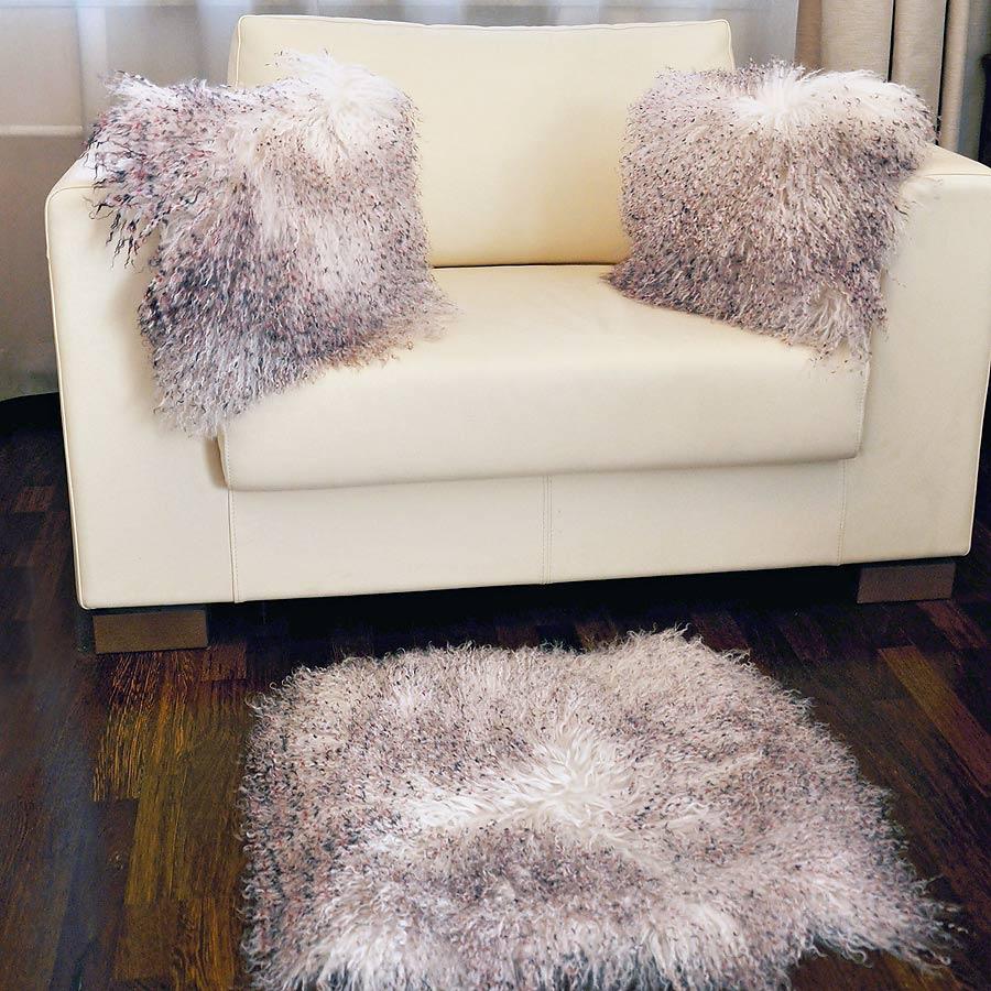 Подушка из меха ламы А2151