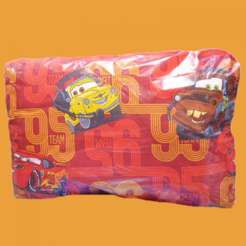 Детская подушка Disney Тачки на красном 50х70см средней жесткости