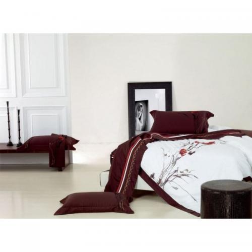 Постельное белье КПБ Famille ES-05 сатин с вышивкой 1.5-спальный нав(2)50х70